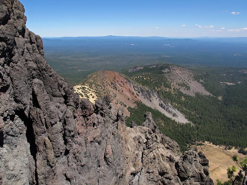 Holly's Ridge [Mt. Thielsen Trail, Mt. Thielsen Wilderness, Oregon]