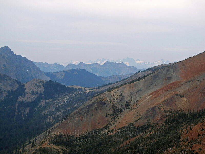 distant mountains to the west-northwest [Longs Pass-Ingalls Pass Ridge, Alpine Lakes Wilderness, Washington]