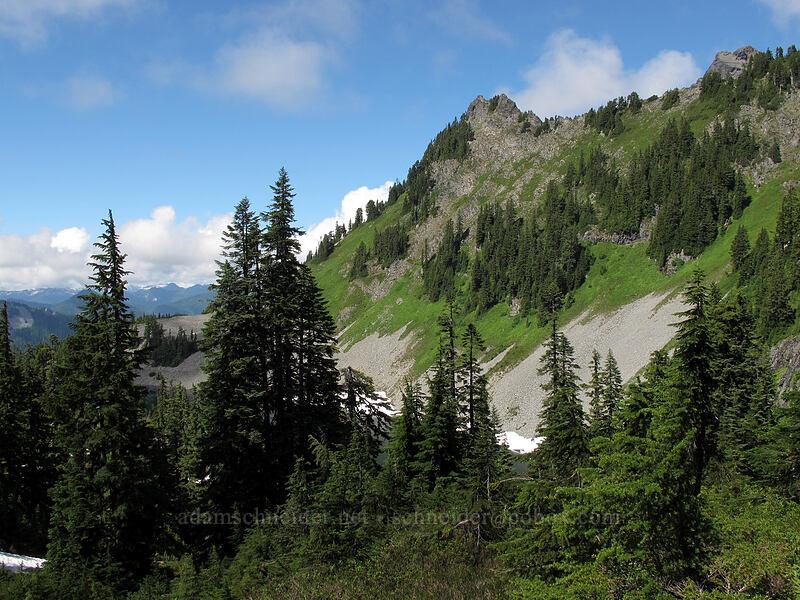 ridge above Gravel Lake [Pacific Crest Trail, Alpine Lakes Wilderness, Washington]