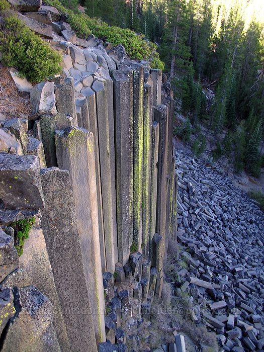 columnar basalt [Devil's Postpile Trail, Devil's Postpile National Monument, California]