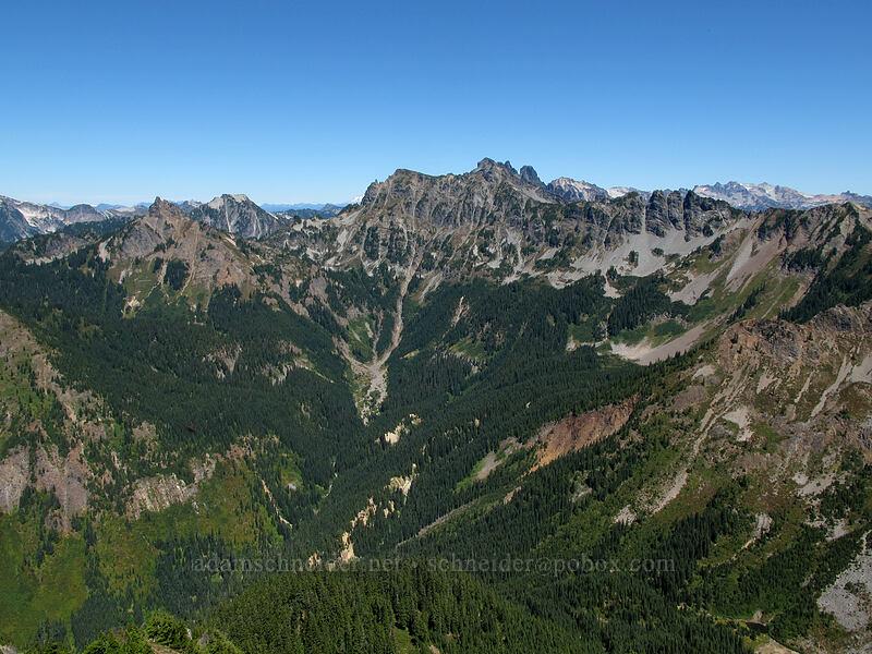 Chikamin Ridge [Alta Mountain summit, Alpine Lakes Wilderness, Washington]