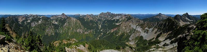 Alta Mountain panorama [Alta Mountain summit, Alpine Lakes Wilderness, Washington]