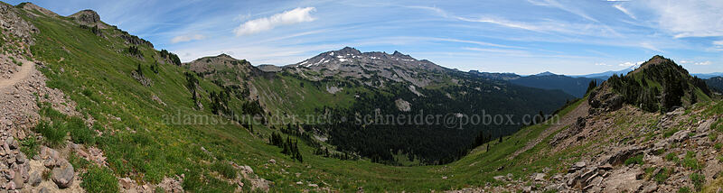 Goat Ridge panorama [Lily Basin Trail, Goat Rocks Wilderness, Washington]
