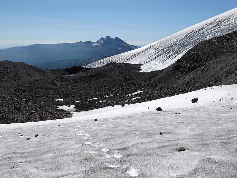 snowfields & Broken Top [north of Hayden Glacier, Three Sisters Wilderness, Oregon]