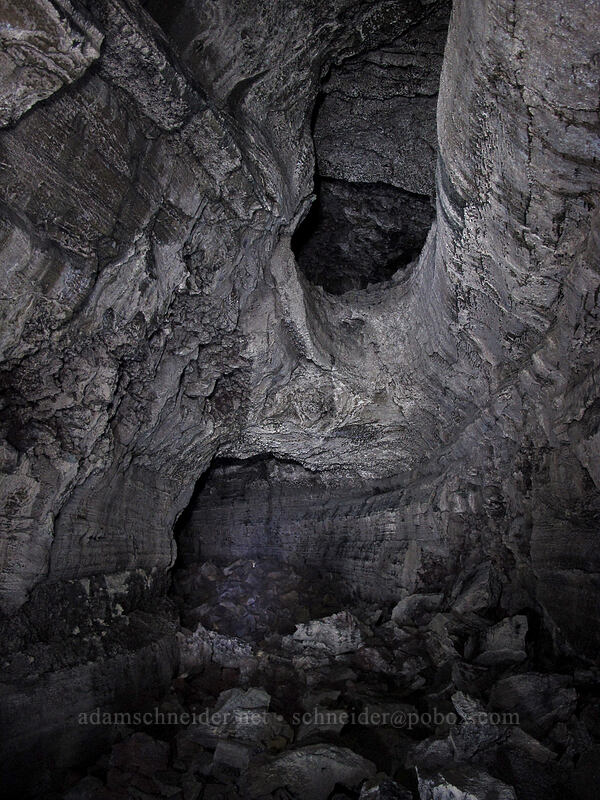 two-story cave [Falls Creek Cave, Gifford Pinchot National Forest, Washington]