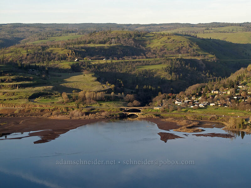mouth of the Klickitat River [Rowena Crest, Wasco County, Oregon]