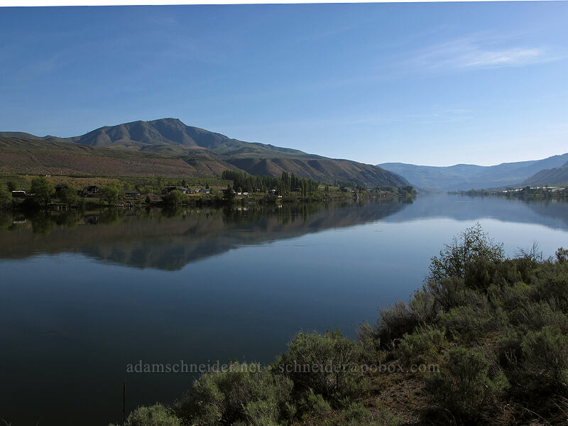 Columbia River & Chelan Butte [U.S. Highway 97, Douglas County, Washington]