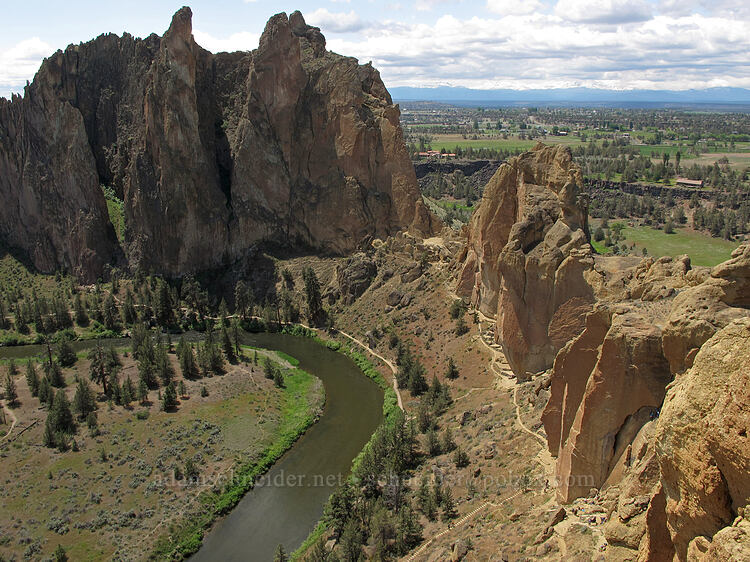 Smith Rock Group & Christian Brothers [Misery Ridge, Smith Rock State Park, Oregon]