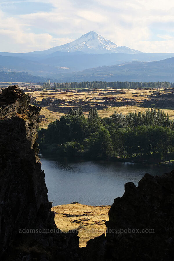 Mount Hood & Horsethief Lake [Horsethief Butte, Columbia Hills State Park, Washington]