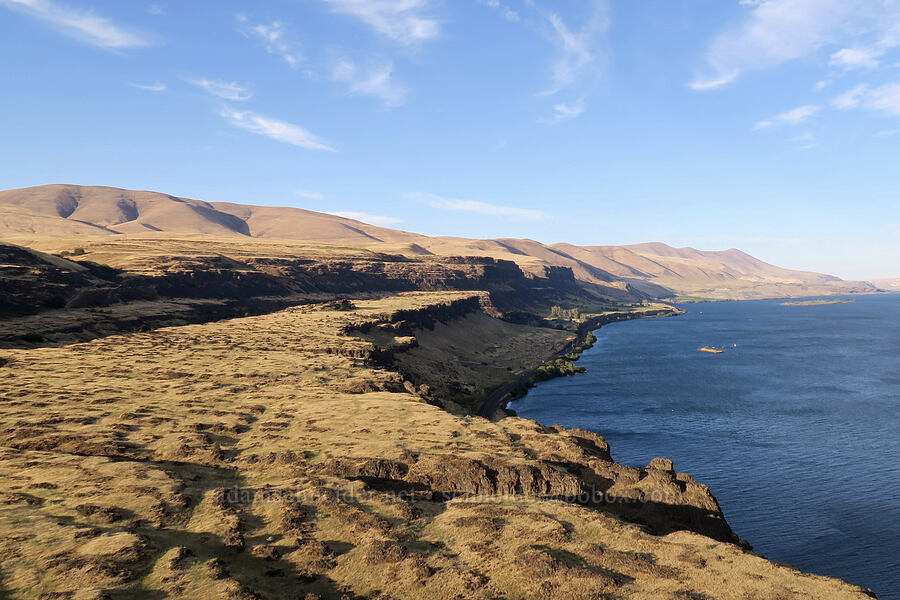 Columbia Hills & Columbia River [Horsethief Butte, Columbia Hills State Park, Washington]