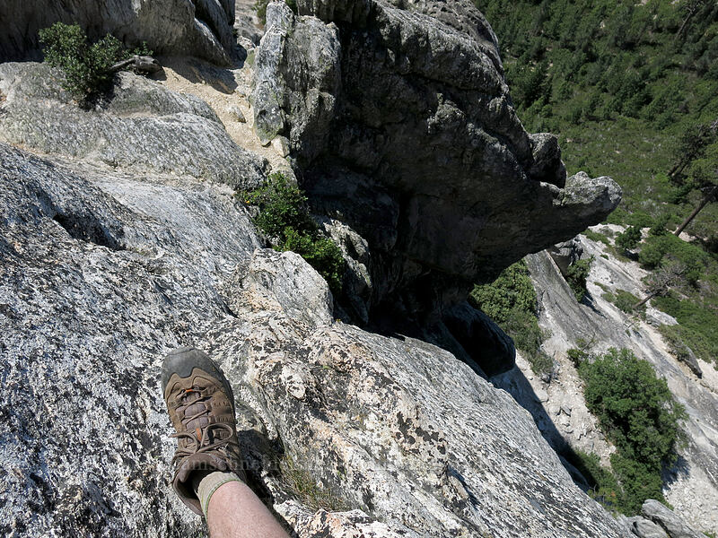 descending 'the stairs' [Castle Dome, Castle Crags Wilderness, California]