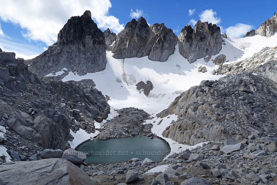 southeast ridge of Dragontail Peak [Aasgard Pass, Alpine Lakes Wilderness, Washington]