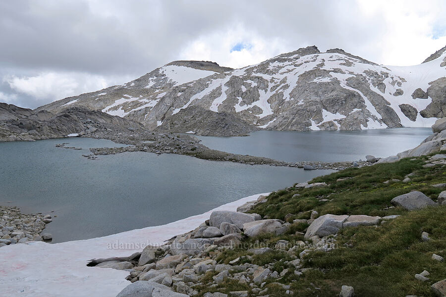 Isolation Lake & Little Annapurna [Snow Lakes Trail, Alpine Lakes Wilderness, Washington]