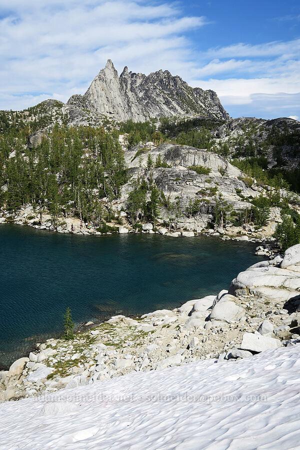 Inspiration Lake, Prusik Peak, & The Temple [Snow Lakes Trail, Alpine Lakes Wilderness, Washington]