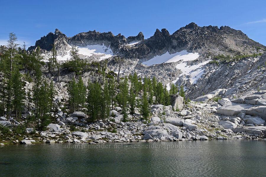 Sprite Lake & McClellan Peak [Snow Lakes Trail, Alpine Lakes Wilderness, Washington]