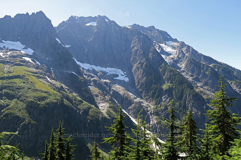 Cascade Peak & Johannesburg Mountain [Cascade Pass Trail, North Cascades National Park, Washington]