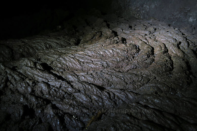 pahoehoe lava [Sawyer's Caves, Willamette National Forest, Oregon]