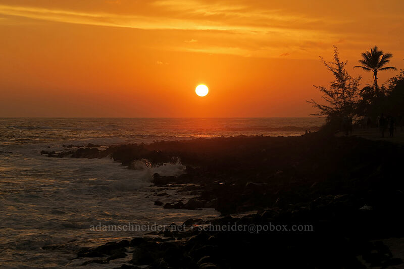 sunset [Po'ipu Beach Park, Po'ipu, Kaua'i, Hawaii]