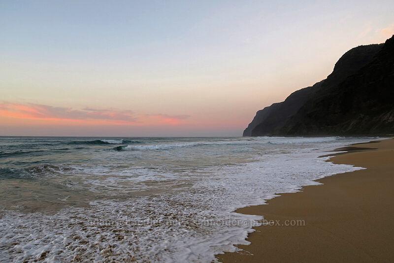 cliffs after sunset [Polihale Beach, Polihale State Park, Kaua'i, Hawaii]