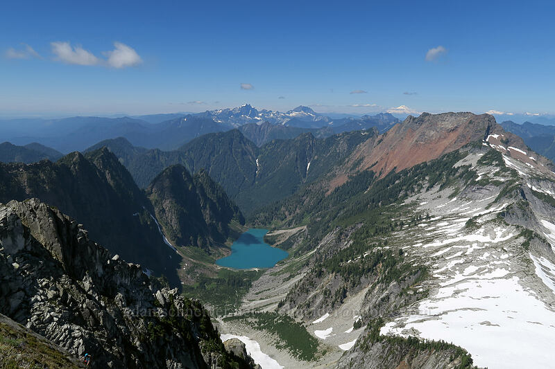Copper Lake & Big Four Mountain [Vesper Peak summit, Mount Baker-Snoqualmie National Forest, Washington]