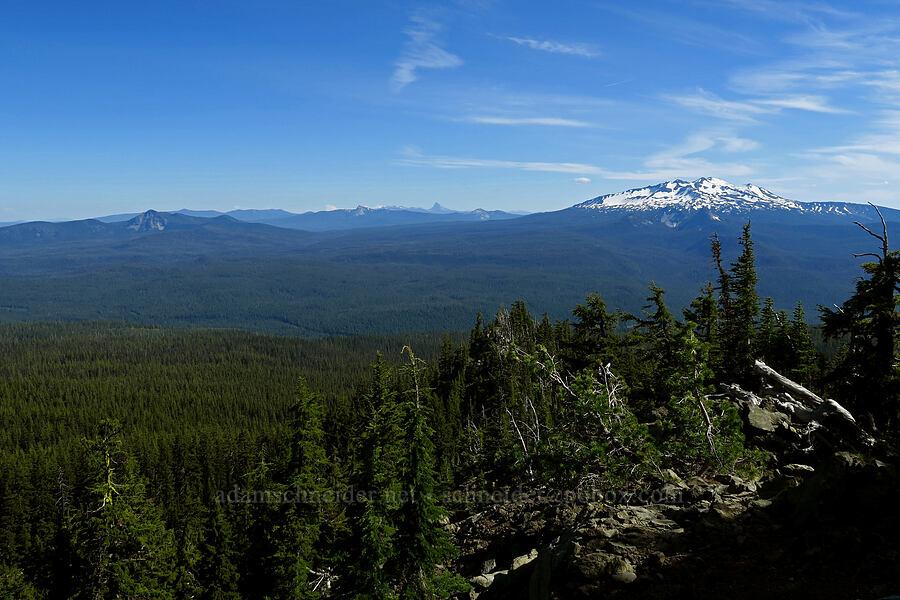 Diamond Peak & Lakeview Mountain [Fuji Mountain Trail, Willamette National Forest, Oregon]