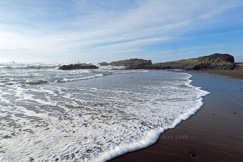 waves & rocks [Spanish Head, Lincoln City, Oregon]