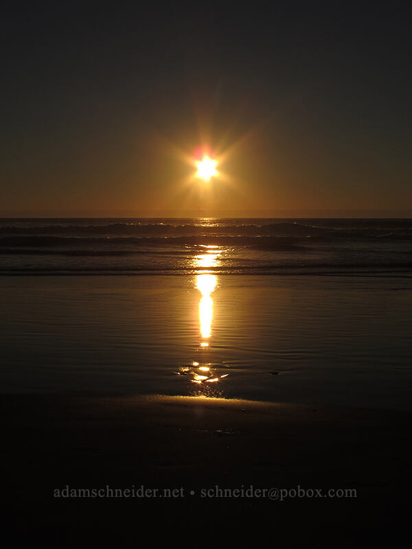 sunset [Beverly Beach State Park, Lincoln County, Oregon]